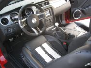 Ford_Shelby_GT500_Inside2