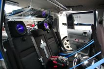2005_Scion_xB_David_Ernst_Inside