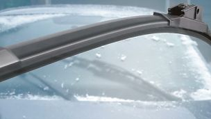 PASMAG-Sylvania-Winter-Driving-Prep-06-Reflex-Ice-Wiper-Blades