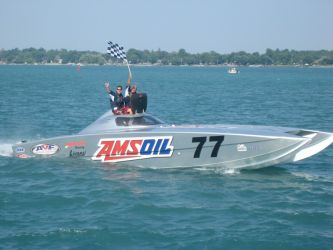 amsoil-synthetics-offshore-boat