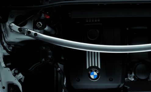 BMW_Performance_Aluminum_Cross_Brace