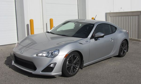 Project Scion FR-S: Amplifier and Subwoofer Install