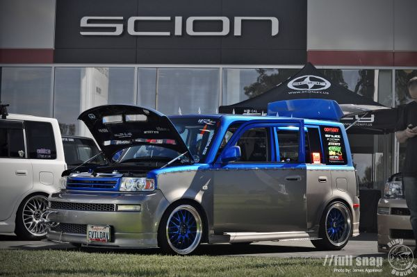 2005_Scion_xB_David_Ernst
