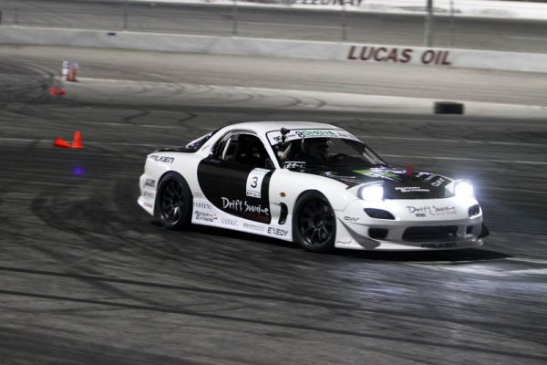 Mazda RX-7 chassis showing the RWD field how it is done.