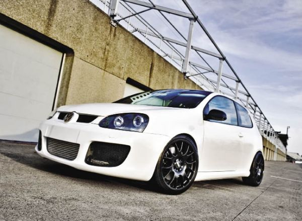 White Hot - 2007 Volkswagen Rabbit, Photo by Alan Glover