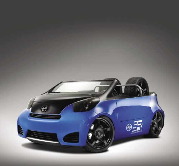 Pit Boss Cartel iQ: 2012 Scion iQ