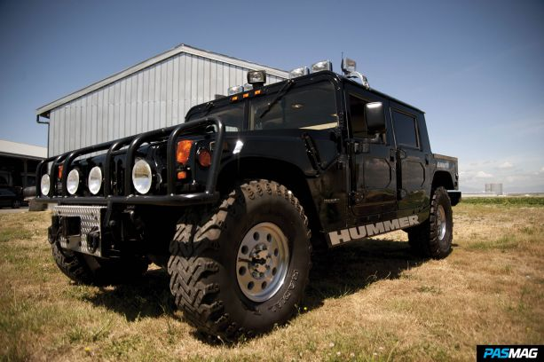 Tupac Hummer up for auction