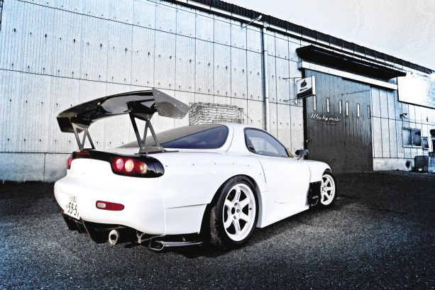 Style & Substance: Mazda RX-7 FD3S