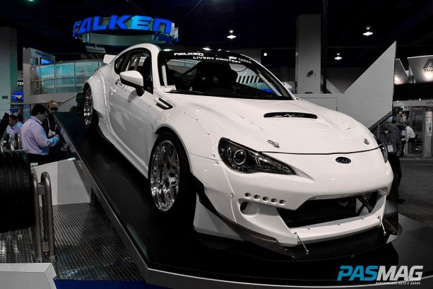 Dai Yoshihara's new BRZ drift machine looking sharp in pre-Falken livery white.