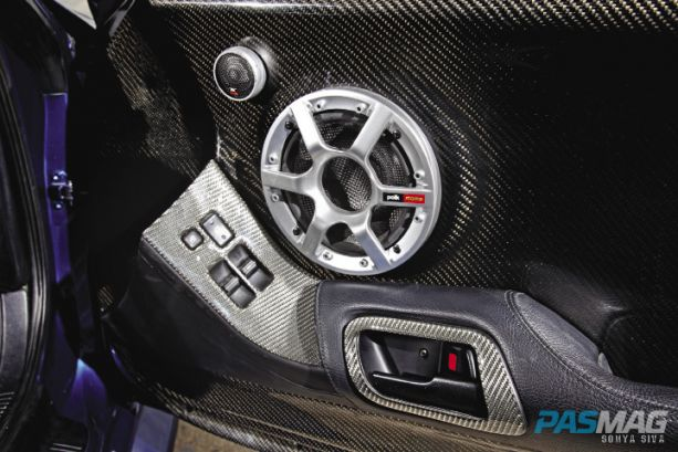 PASMAG Jerred Amick 1995 Toyota Supra-JZA80 Polk Audio door panel