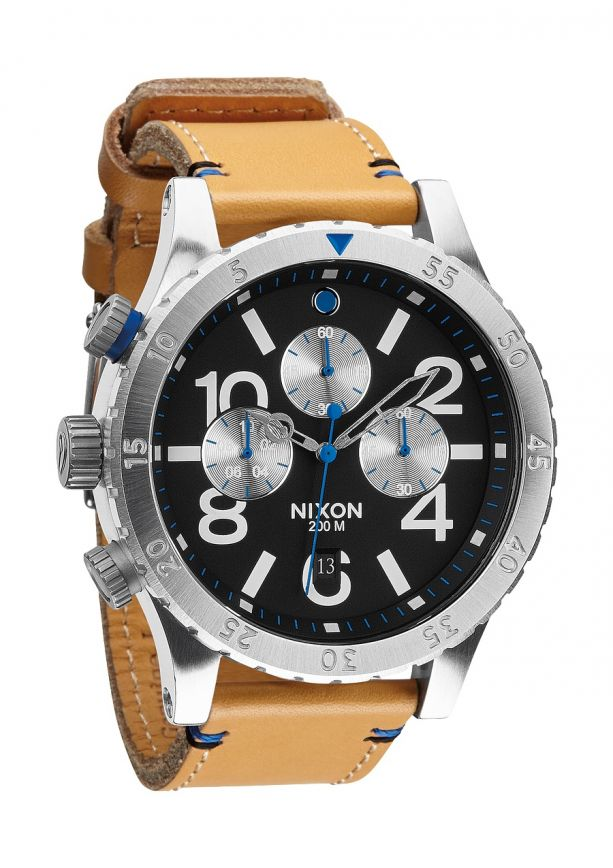 PASMAG Lifestyle Nixon 45 20 Chrono Leather Watch