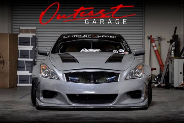 Outcast Garage Shop Feature PASMAG Dealer 13