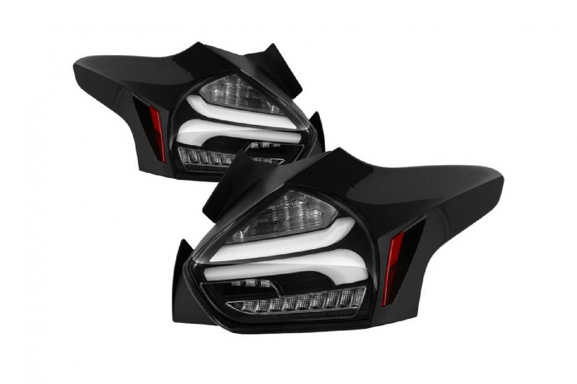 Spyder Auto Ford Focus 5Dr Hatchback 15-17 W/ Sequential Turn Signal LED Tail Lights