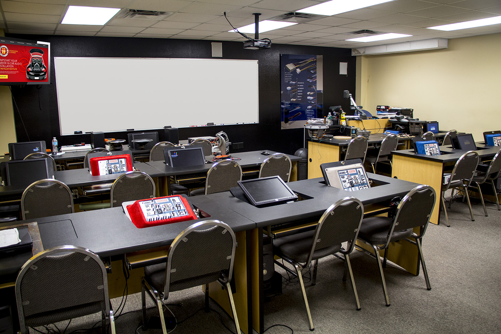Metra Electronics Installer Institute CLASSROOM2