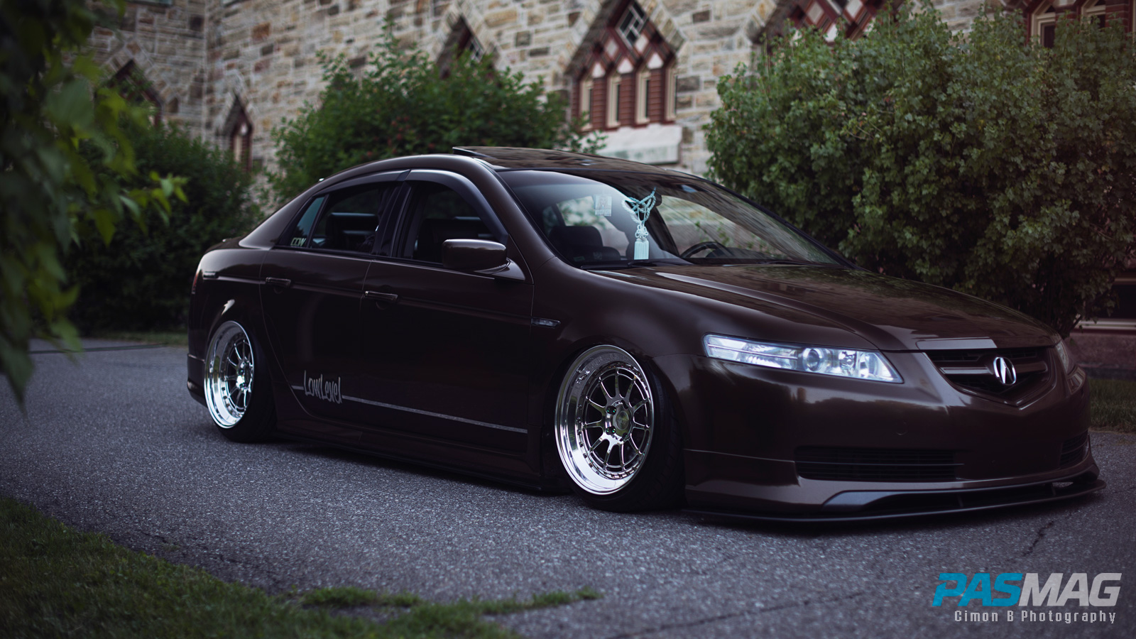Luxuriously Low Alexandre Angers 2004 Acura Tl Pasmag Is The Tuner S Source For Modified Car Culture Since 1999