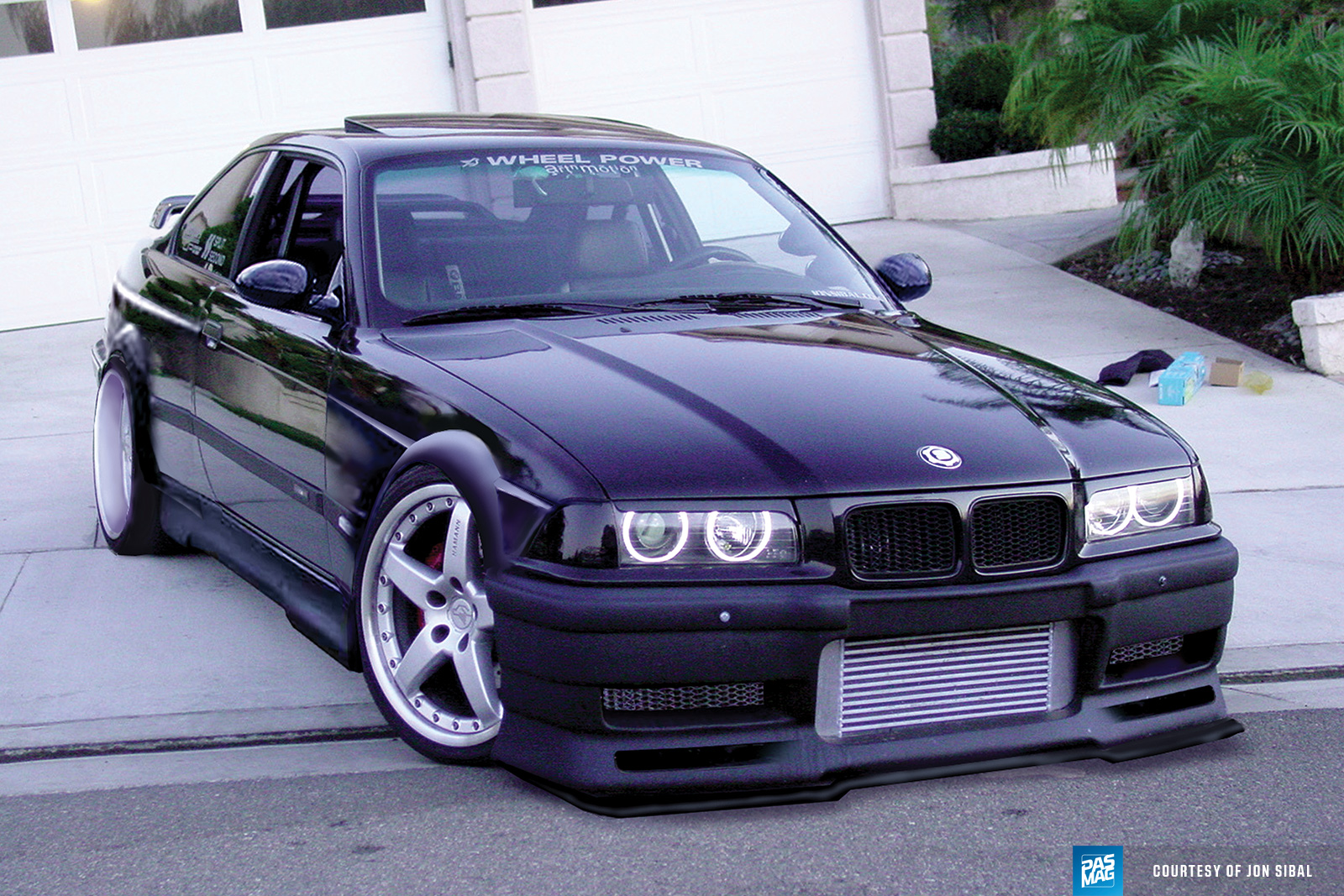 23 Jon Sibal PASMAG BMWE36project render