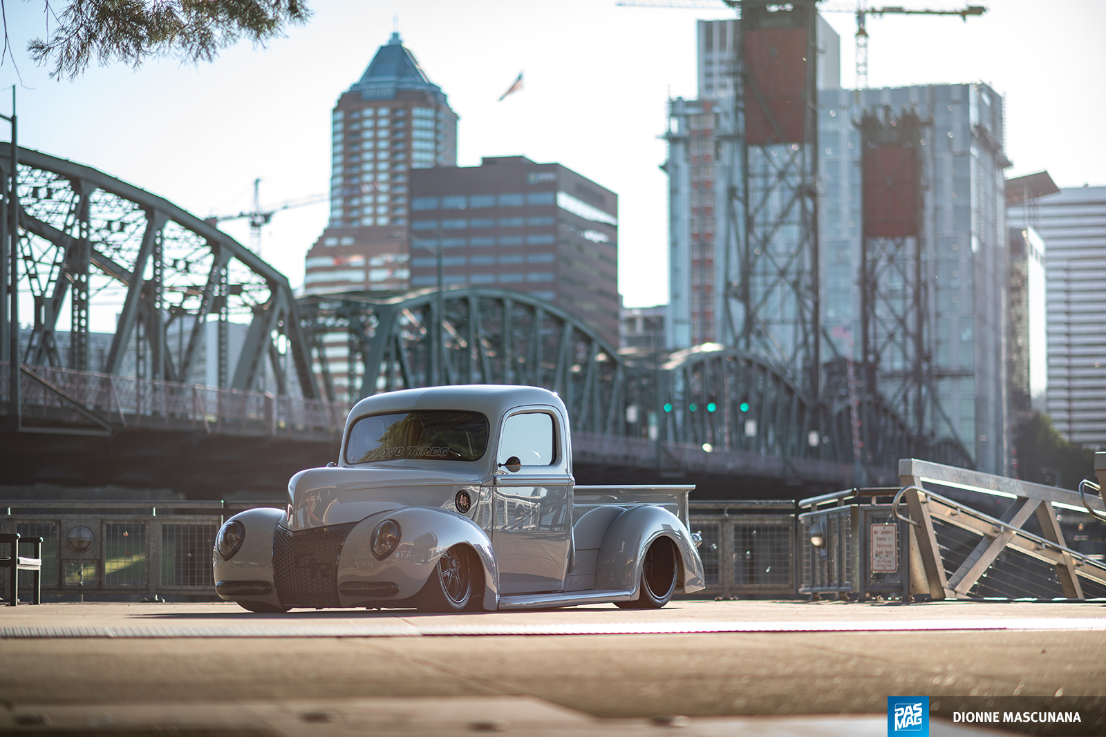 01 Chris Church 1940 Ford Pickup Toyo pasmag