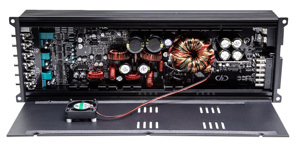 02 DD Audio D6.500 6 Channel Amplifier pasmag