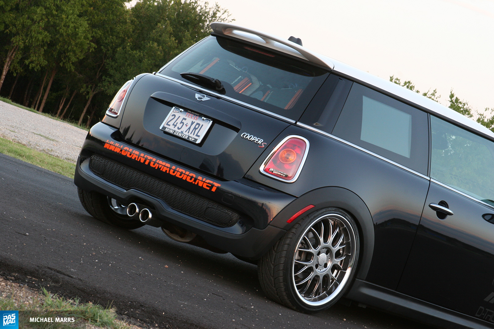 28 Quantum Audio Mini Cooper S pasmag